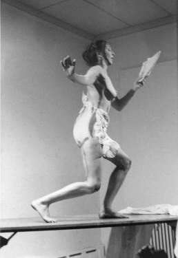 Carolee Schneemann, Interior Scroll, 1975. .