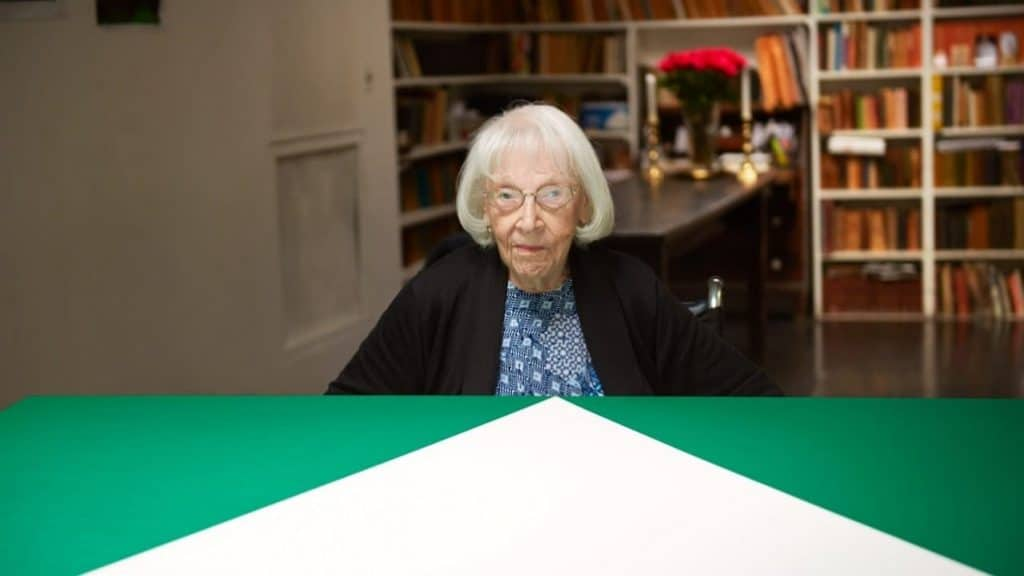 Carmen Herrera - Art Industry Evolution