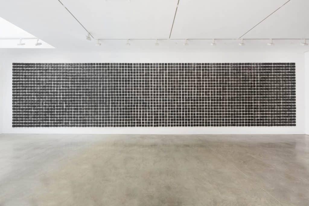 Teresa Margolles, El manto negro / The black shroud, 2020. 2,300 burnished ceramic pieces hand-made by artisans in Mata Ortiz, Mexico.