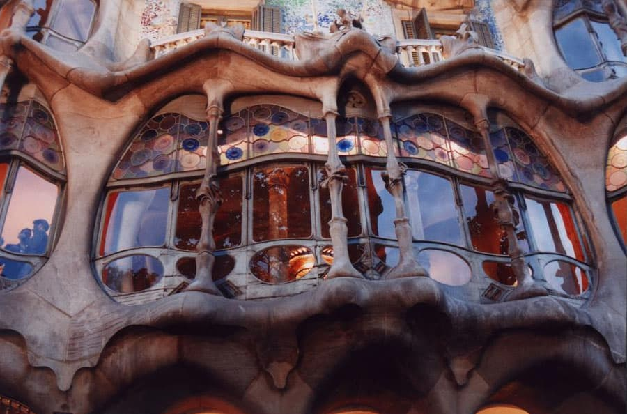 Antoni Gaudí, Casa Battlo i Casanovas.  Art Nouveau