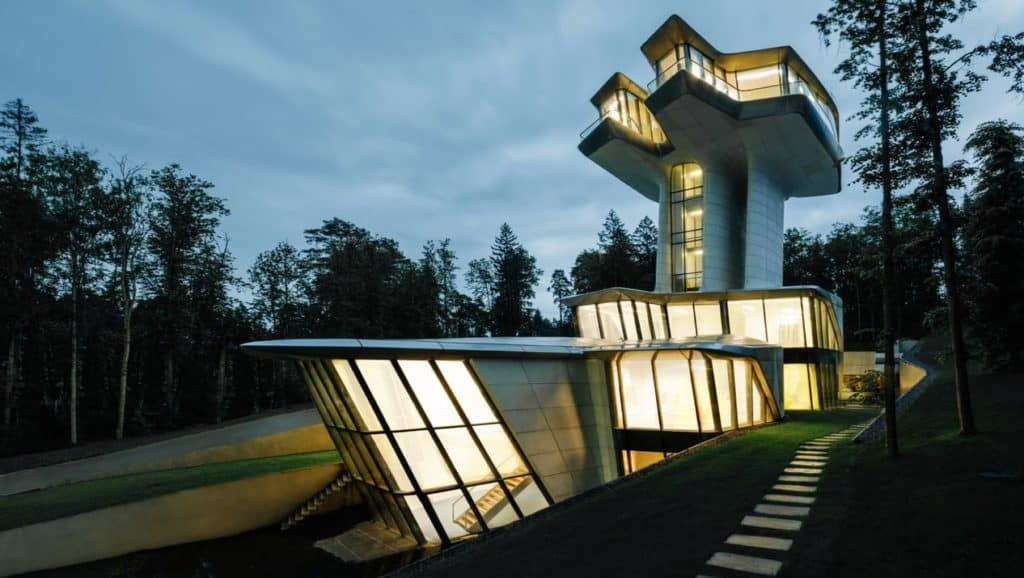 Zaha Hadid, Capital Hill Residence, a contemporary Gesamtkunswerk.