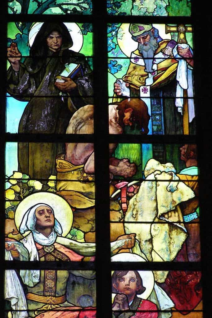 Mucha stained glass