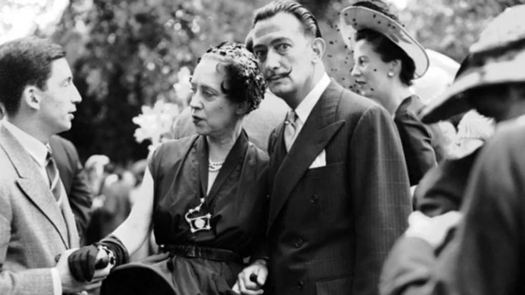 Elsa Schiaparelli and Salvador Dalì at Chez Lopez in Neuilly, France, 1950.