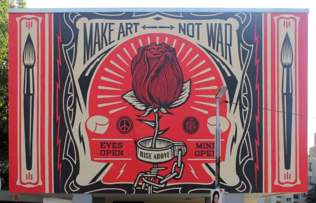 Shepard Fairey, Make Art Not War, mural in Berlin-Kreuzberg, Germany, 2014.
