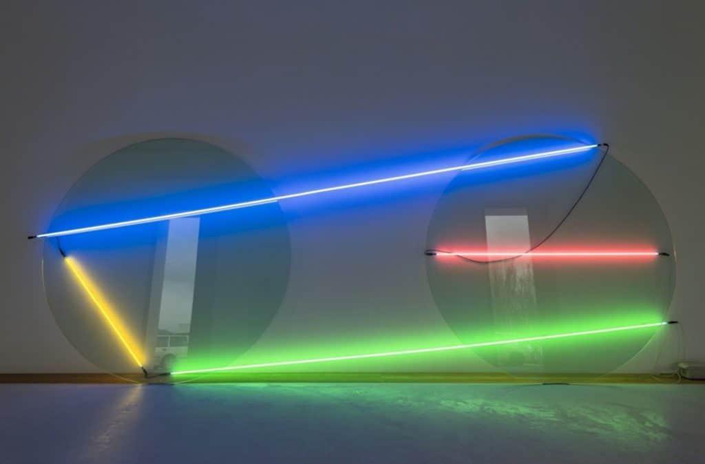 Keith Sonnier - Ba-O-Ba Circle Diptych - 1969. Glass, Neon, Transformer.
