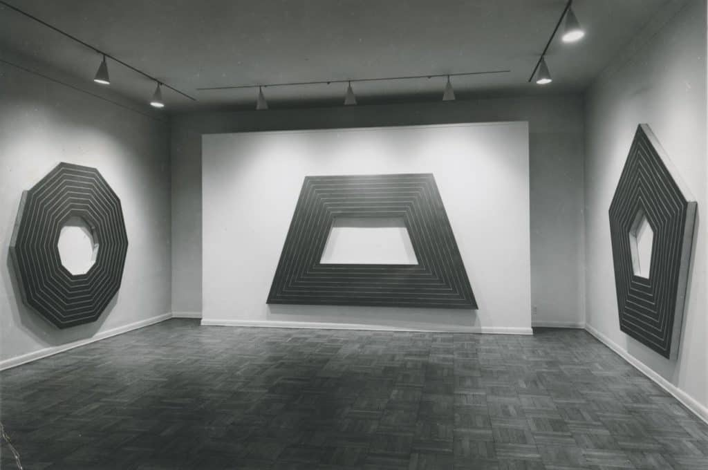 Frank Stella's exhibition at Leo Castelli in 1964