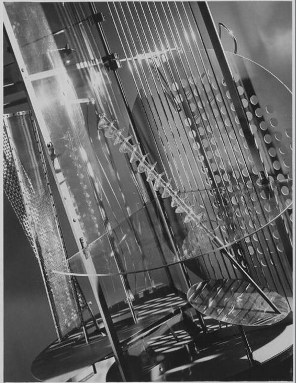 Laszlo Moholy-Nagy - Light-Space Modulator - 1930