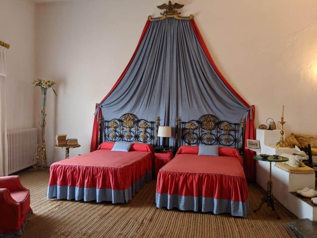 Dalï's bedroom in his Catalonia home