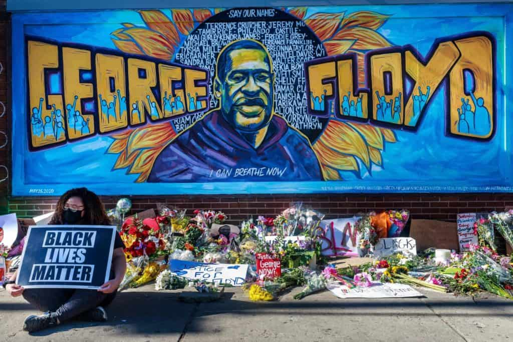 Street Artists Across The Globe Pay Tribute To George Floyd