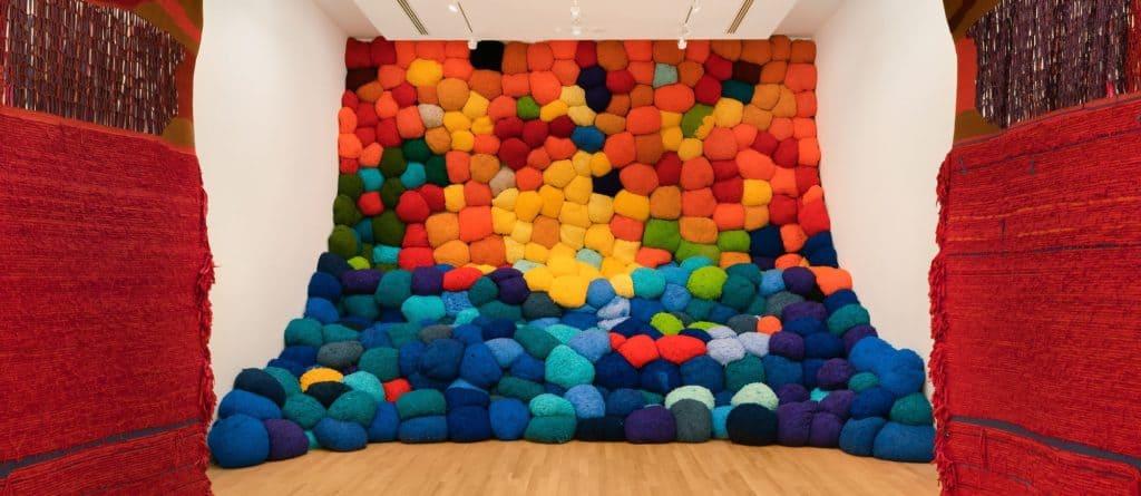 Sheila Hicks' textile art - Escalade Beyond Chromatic Lands, 2016–17.