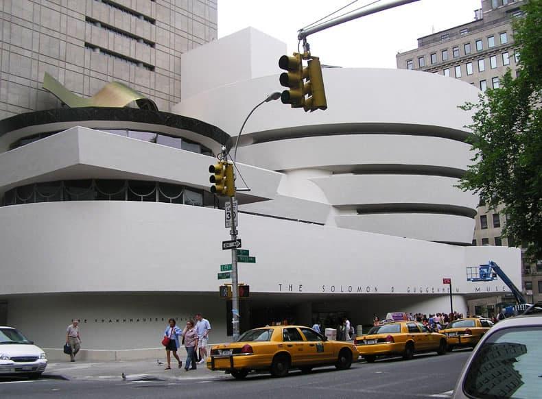 Solomon R. Guggenheim Museum, New York City. Organic Architecture.