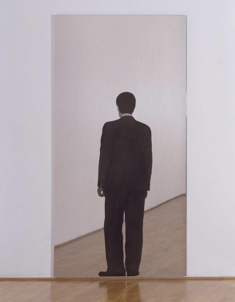 mirror art by Michaelangelo Pistoletto: Uomo in piedi (standing man)
