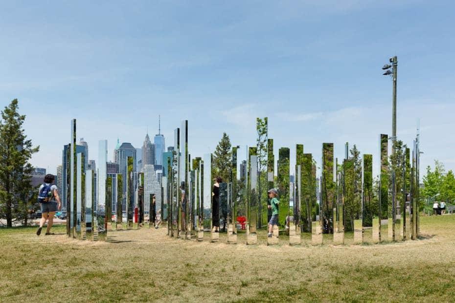 Jeppe Hein, Mirror Labyrinth NY, New York