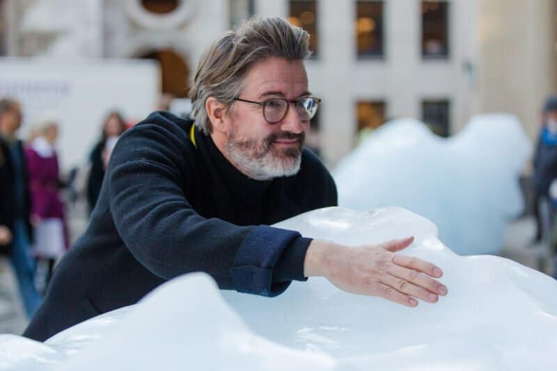Olafur Eliasson with his Ice Watch installation in London