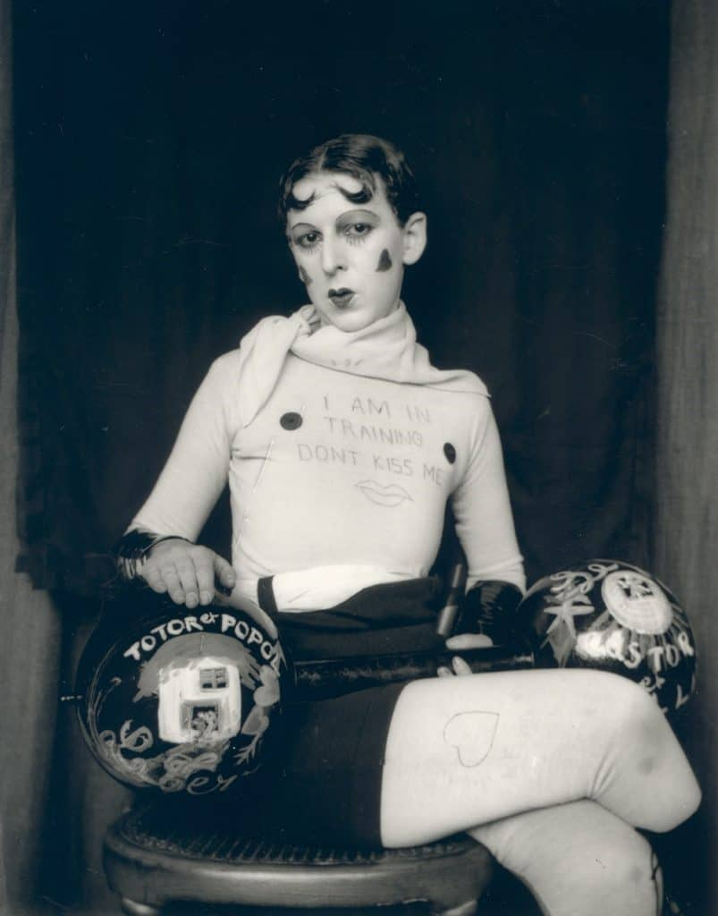 Women of surrealism: Claude Cahun, Self portrait, 1927