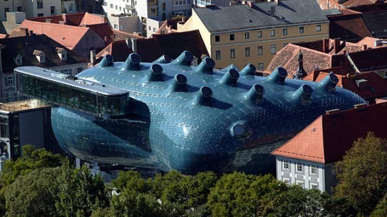 Kunsthaus Graz. Blobitecture