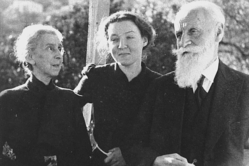 Charlotte Salomon and her grandparents