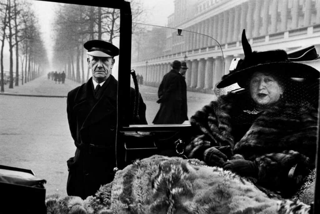 Inge Morath, London, 1953. Leica
