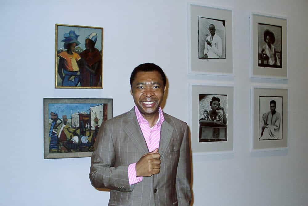 Okwui Enwezor at the exhibition The Short Century in Berlin, 17 May 2001. © Photo: Haupt & Binder, Universes in Universe.